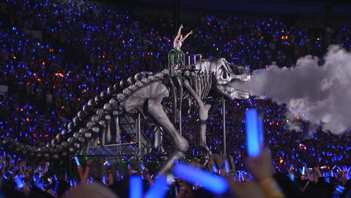 """水樹奈々、ライブ映像より""""乗り物""""に乗ったパフォーマンス楽曲と「WHAT ..."""